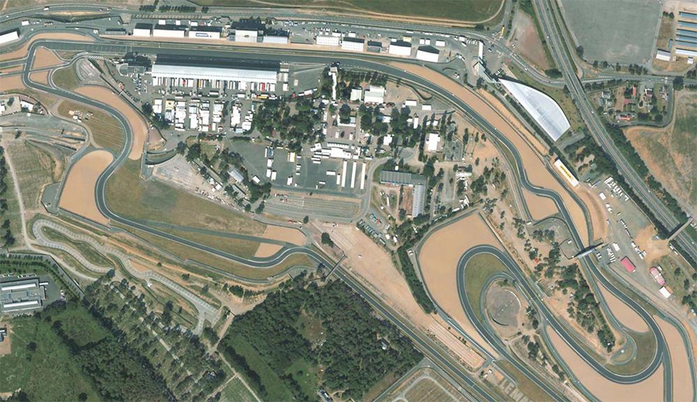 Le Mans Bugatti race circuit MCR Race Cars